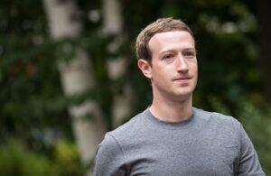 Facebook change de slogan et peut-être d'image…